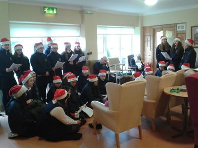 Young Pioneers Christmas Caroling in The Ridgepool Nursing Home