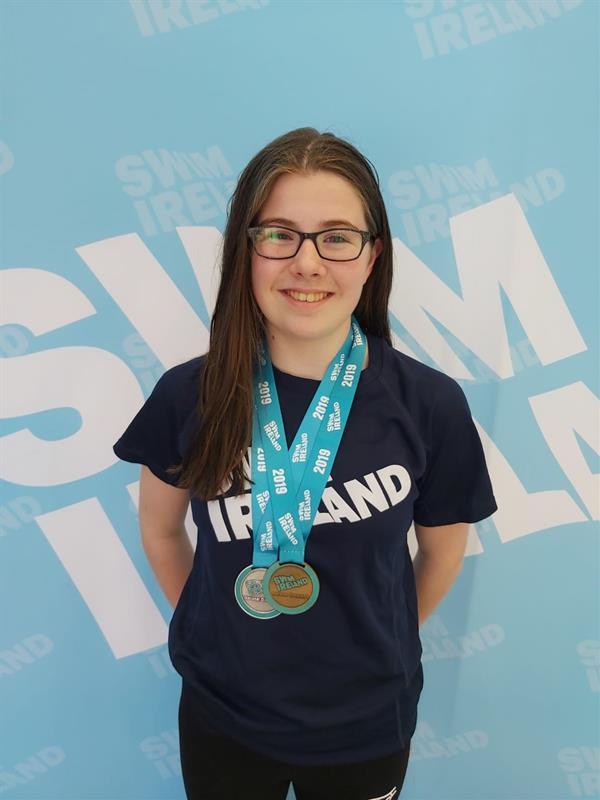 Emma Hughes wins Gold!