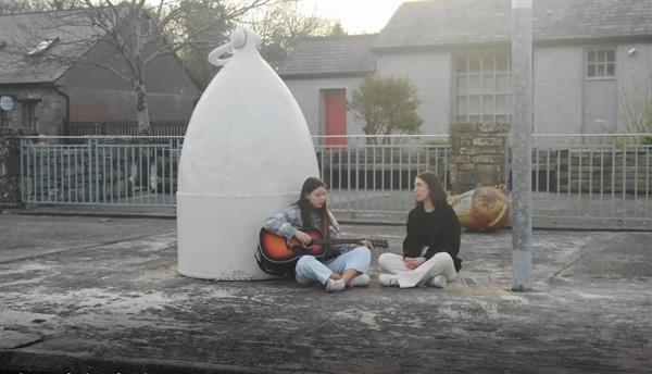Aisling & Hope win National Songwriting Competition
